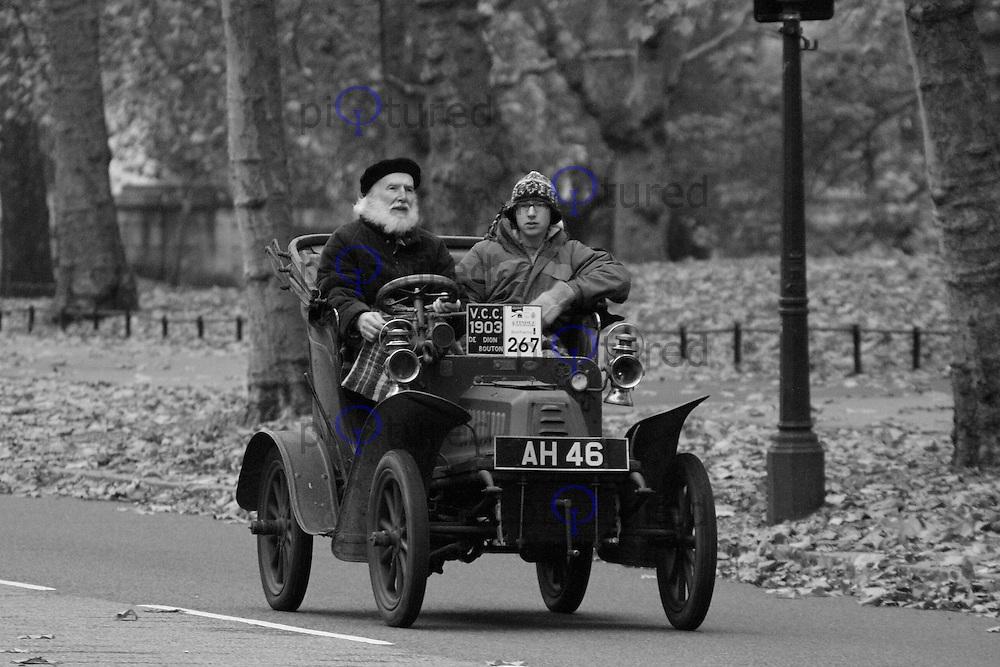 London to Brighton Veteran Car Run, London, UK, 06 November 2011:  Contact: Rich@Piqtured.com +44(0)7941 079620 (Picture by Richard Goldschmidt)