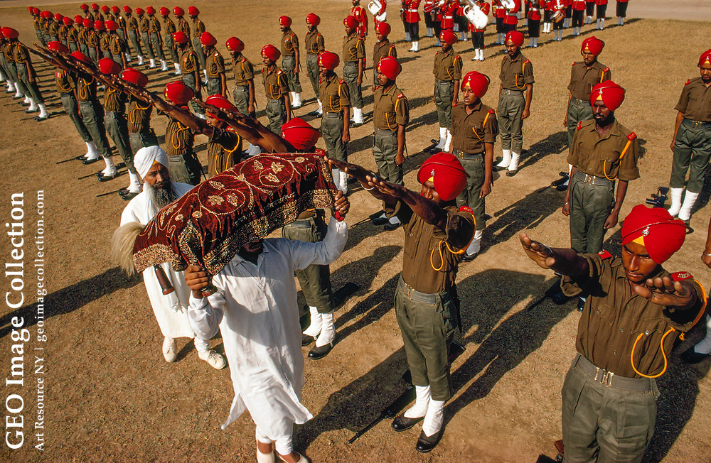 New soldiers are inducted into the Sikh Regiment of India.