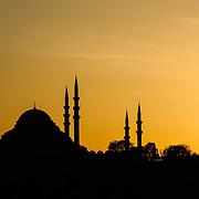 Silhouette of the Süleymaniye Camii (Süleymaniye Mosque) in Istanbul, Turkey.