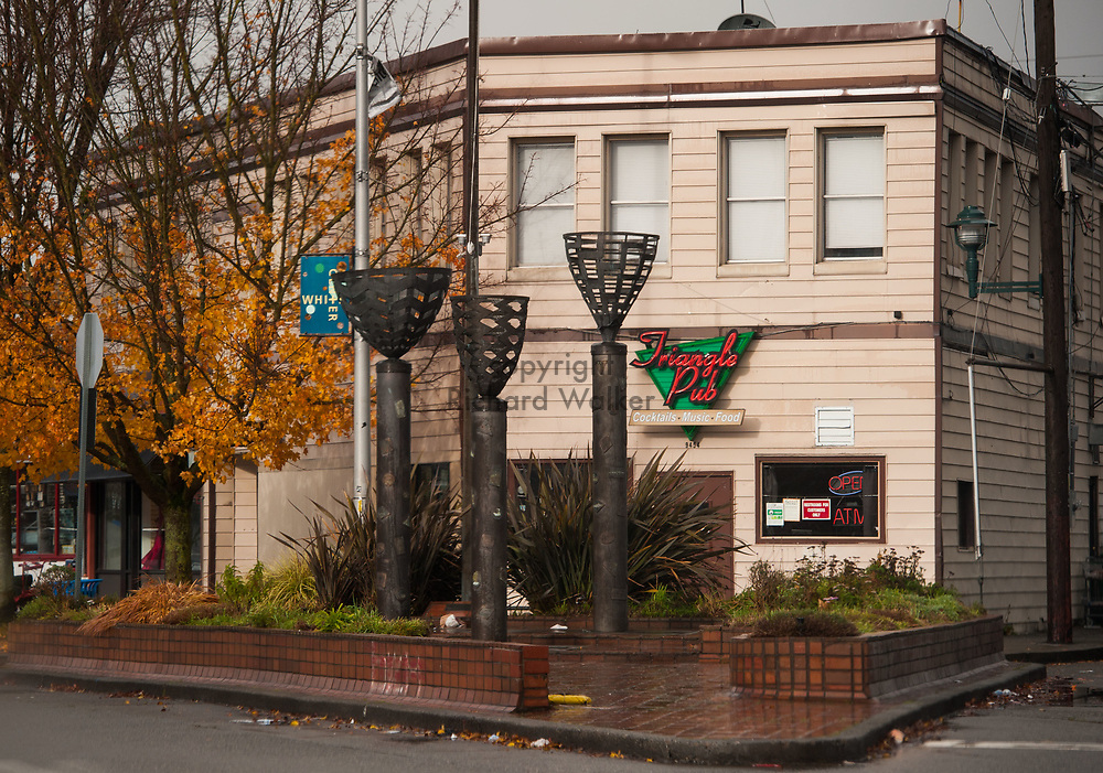 2017 NOVEMBER 20 - Triangle Pub at Roxbury and 16th Ave SW in White Center, Seattle, WA, USA. By Richard Walker