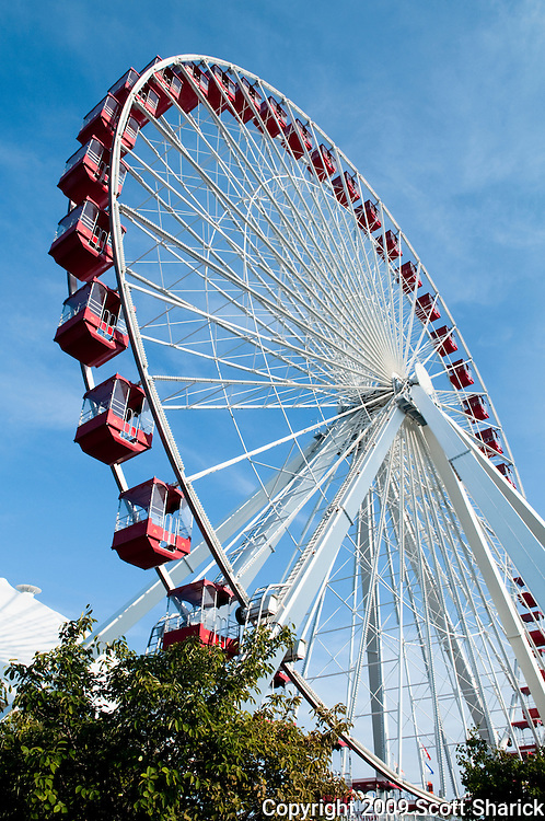 A picture of the Ferris wheel at the Navy Pier in Chicago. Missoula Photographer