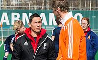 ROTTERDAM -  England coach Jerome Goudie with Dutch coach Michiel van der Struijk (r) . Practice Match  Hockey : Netherlands Boys U16  v England U16 . COPYRIGHT KOEN SUYK