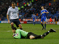Photo: Steve Bond/Sportsbeat Images.<br /> Leicester City v West Bromwich Albion. Coca Cola Championship. 08/12/2007. Keeper Marton Fulop saves at the feet of Roman Bednar