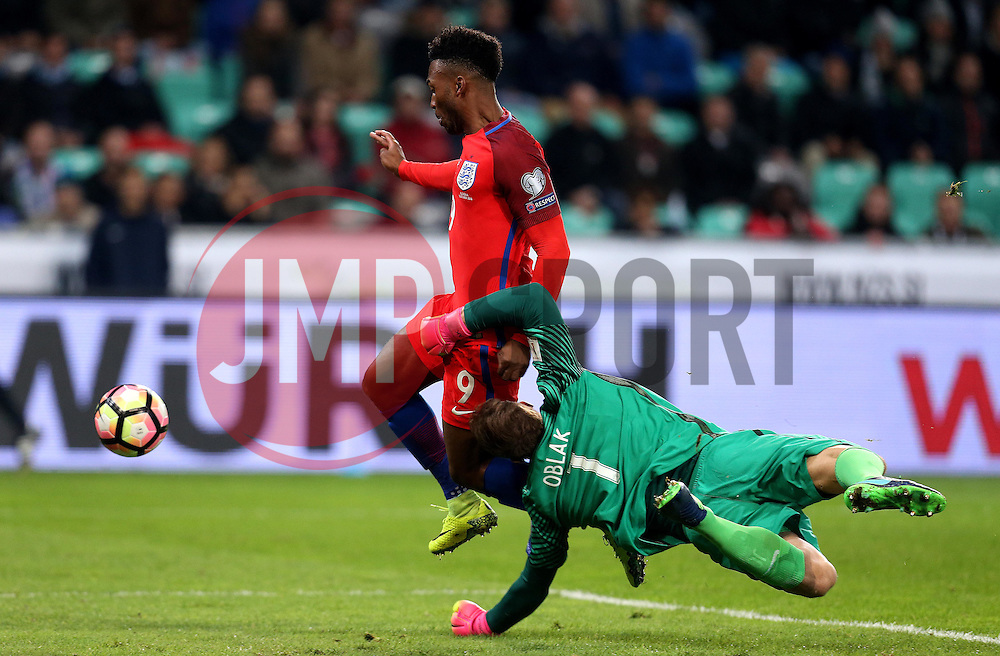 Daniel Sturridge of England tries to get past Jan Oblak of Slovenia - Mandatory by-line: Robbie Stephenson/JMP - 11/10/2016 - FOOTBALL - RSC Stozice - Ljubljana, England - Slovenia v England - World Cup European Qualifier