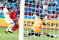 Fotball , 11. juni 2013 , Privatkamp , Norge - Makedonia<br /> Norway - FYR Macedonia<br /> <br /> Daniel Braaten ,  , Norge scorer her mål