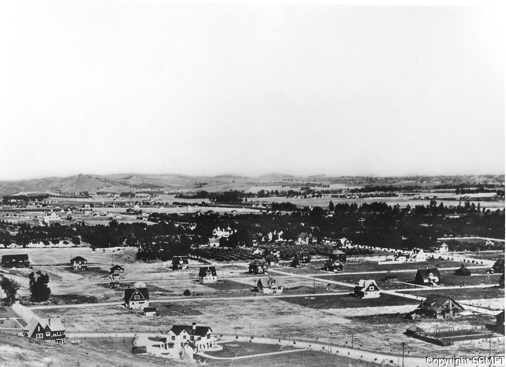1904 Looking southeast from the hills west of Highland Ave.