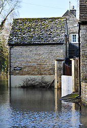 © Licensed to London News Pictures. 27 January 2013. Ascott Under Wychwood, Oxfordshire. Floods after the snow melted. Photo credit : MarkHemsworth/LNP