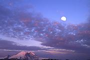 Mountain Rainier moon rise
