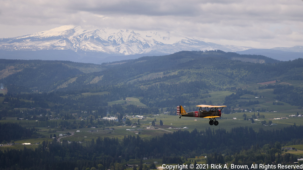 Stearman Cloudboy flying over the Hood River Valley.