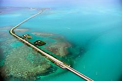 US 1 over Channel Two, Craig Key, Channel Five, Fiesta Key and Long Key, Florida Keys ( Atlantic / Gulf of Mexico )