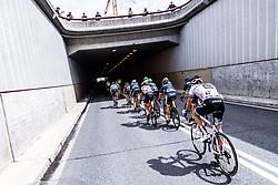 12.07.2019, Kitzbühel, AUT, Ö-Tour, Österreich Radrundfahrt, 6. Etappe, von Kitzbühel nach Kitzbüheler Horn (116,7 km), im Bild Peloton Tunneleinfahrt, Thibault Guernalec (Arkea Samsic, FRA) // during 6th stage from Kitzbühel to Kitzbüheler Horn (116,7 km) of the 2019 Tour of Austria. Kitzbühel, Austria on 2019/07/12. EXPA Pictures © 2019, PhotoCredit: EXPA/ JFK