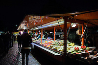 Early morning fish market in Hamburg