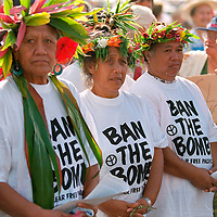 More than 1500 people, nearly one quarter of Rarotonga's 8000 population, marched against French nuclear testing from the RAINBOW WARRIOR II to the town centre.  The RAINBOW WARRIOR II was visiting the Cook Islands en route to the French nuclear test site of Moruroa to protest against French President Chirac's decision to resume nuclear testing. Rarotonga, Cook Islands, Pacific. Accession #: 2.95.205.007.02