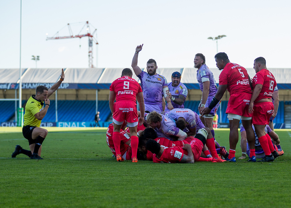 Exeter Chiefs celebrate after scoring his sides a try<br /> <br /> Photographer Bob Bradford/CameraSport<br /> <br /> European Rugby Heineken Champions Cup Semi-Final - Exeter Chiefs v Toulouse - Saturday 26th September 2020 - Sandy Park - Exeter<br /> <br /> World Copyright © 2019 CameraSport. All rights reserved. 43 Linden Ave. Countesthorpe. Leicester. England. LE8 5PG - Tel: +44 (0) 116 277 4147 - admin@camerasport.com - www.camerasport.com