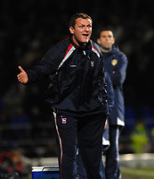 Photo: Ashley Pickering.<br />Ipswich Town v Leeds United. Coca Cola Championship. 16/12/2006.<br />Ipswich manager Jim Magilton shouts his orders