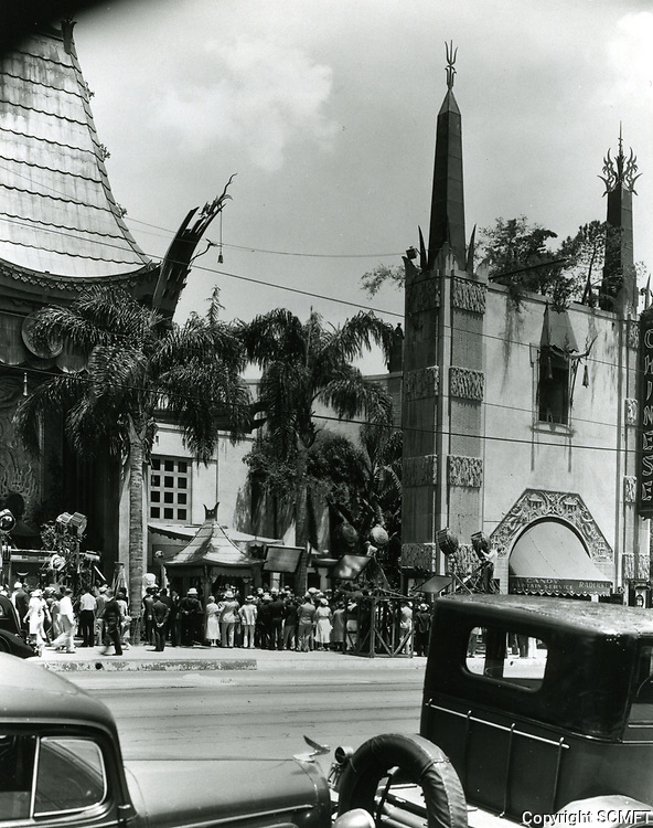 1931 Filming at Grauman's Chinese Theater
