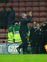 Photo: Andrew Unwin.<br />Sunderland v Northwich Victoria. The FA Cup. 08/01/2006.<br />Sunderland's manager, Mick McCarthy, celebrates at the end of the game.