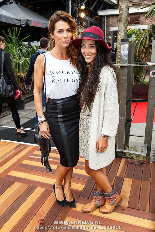 NLD/Amsterdam/20150713 - AFW2015 Summer, Modeshow  Maria Clè Leal, Quinty Trustfull en dochter Moise