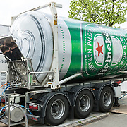 NLD/Breda/20180427 - Heineken bier tank,