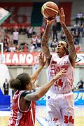 DESCRIZIONE : Desio Lega A 2013-14 EA7 Emporio Armani Milano Giorgio Tesi Pistoia<br /> GIOCATORE : Moss David<br /> CATEGORIA : Tiro<br /> SQUADRA : EA7 Emporio Armani Milano<br /> EVENTO : Campionato Lega A 2013-2014<br /> GARA : EA7 Emporio Armani Milano Giorgio Tesi Pistoia<br /> DATA : 04/11/2013<br /> SPORT : Pallacanestro <br /> AUTORE : Agenzia Ciamillo-Castoria/M.Mancini<br /> Galleria : Lega Basket A 2013-2014  <br /> Fotonotizia : Desio Lega A 2013-14 EA7 Emporio Armani Milano Giorgio Tesi Pistoia<br /> Predefinita :