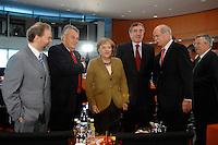 03 JUL 2007, BERLIN/GERMANY:<br /> Prof. Dr. Utz Claassen, Vorstandsvorsitzender EnBW Energie Baden-Wuerttemberg, Dr. Wulf H. Bernotat, vorstandsvorsitzender E.ON Aktiengeselschaft, Angela Merkel, CDU, Bundeskanzlerin, Harry Roels, Vorstandsvorsitzender RWE AG, Dr. Dieter Zetsche, Vorstandsvorsitzender DaimlerChrysler AG, Dr. Klaus Rauscher, Vorstandsvorsitzender Vattenfall Europe AG, (v.L.n.R.), vor Beginn des Energiepolitischen Spitzengespraechs, Energiegipfel, Internationaler Konferenzsaal, Bundeskanzleramt<br /> IMAGE: 20070603-01-017