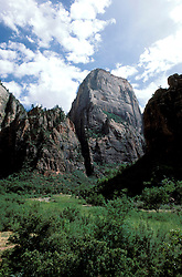 Utah: Zion Natl Park.  The Great White Throne land form.  Photo #: utpark102..Photo copyright Lee Foster, www.fostertravel.com, 510/549-2202, lee@fostertravel.com