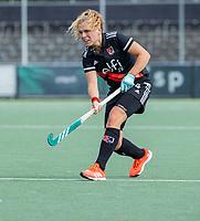 AMSTELVEEN -  Hester van der Veld (Amsterdam)  tijdens de hockey hoofdklasse competitiewedstrijd  dames, Amsterdam-Oranje Rood (3-0).  COPYRIGHT KOEN SUYK