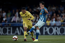 October 20, 2018 - Vila-Real, Castellon, Spain - Jose Maria Gimenez de Vargas (R) of Atletico de Madrid competes for the ball with Pablo Fornals of Villarreal CF during the La Liga match between Villarreal CF and Atletico de Madrid at Estadio de la Ceramica on October 20, 2018 in Vila-real, Spain  (Credit Image: © David Aliaga/NurPhoto via ZUMA Press)