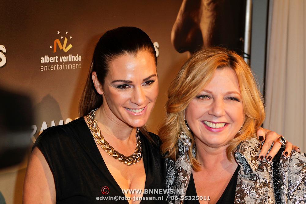 NLD/Den Haag/20111201- Premiere Ramses, Quinty Trustfull - van den Broek en Loretta Schrijver