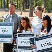 NLD/Arnhem/20180420 - Uitreiking Future for Nature prijs 2018,  prijswinnaars Geraldine Werhahn, Doutzen Kroes, Adam Miller en Trang Nguyen