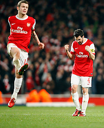 16.02.2011, Emirates Stadium, London, ENG, UEFA CL, FC Arsenal vs FC Barcelona, im Bild Arsenal's Cesc Fabregas (captain) and Arsenal's Jack Wilshere in Scenes of Celebration after final whistle  after Arsenal vs Barcelona for the UCL  ,Round of last 16, at the Emirates Stadium in London on 16/02/2011, EXPA Pictures © 2011, PhotoCredit: EXPA/ IPS/ Kieran Galvin +++++ ATTENTION - OUT OF ENGLAND/GBR and France/ FRA +++++