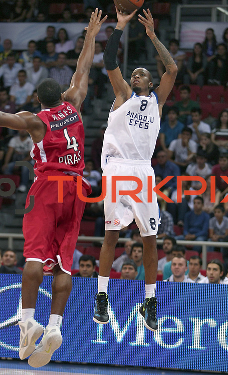 Anadolu Efes's Terence KINSEY (R) during their Two Nations Cup basketball match Anadolu Efes between Olympiacos at Abdi Ipekci Arena in Istanbul Turkey on Sunday 02 October 2011. Photo by TURKPIX