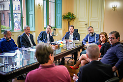 Prefeito de Porto Alegre Nelson Marchezan Junior durante reunião com EPTC e ATP no Paço Municipal. FOTO: Jefferson Bernardes