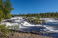 VILDMARKSVÄGEN JULI 2020<br /> Trappstegsforsen några km söder om Saxnäs. <br /> En mäktig upplevelse och väl värd ett besök under din resa på Vildmarksvägen.<br /> Foto: Per Danielsson/Projekt.P