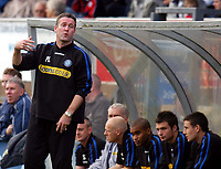 Photo: Alan Crowhurst.<br />Wycombe Wanderers v Peterborough United. Coca Cola League 2. 21/10/2006. Wycombe coach Paul Lambert.