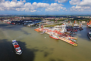 Nederland, Zuid-Holland, Rotterdam, 09-05-2013;<br /> containerschip Bernhard Schepers op de Nieuwe Maas. Ter hoogte van Wiltonhaven met Mammoet en Damen.<br /> QQQ<br /> luchtfoto (toeslag op standard tarieven)<br /> aerial photo (additional fee required)<br /> copyright foto/photo Siebe Swart