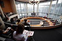DEU, Deutschland, Germany, Berlin, 08.06.2011: <br />Übersicht Sitzungssaal, Sitzung des Ausschusses für die Angelegenheiten der Europäischen Union im Paul-Löbe-Haus, Europasaal 4 900, Deutscher Bundestag.
