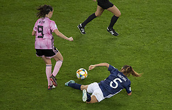 Caroline WEIR (SCO), Vanesa SANTANA(ARG) in action during the match of 2019 FIFA Women's World Cup France group D match between Scotland and Argentina, at Parc Des Princes stadium on June 19, 2019 in Paris, France. Photo by Loic Baratoux/ABACAPRESS.COM