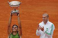 Tennis<br /> French Open 2005 <br /> 03.06.2005<br /> Foto: Dppi/Digitalsport<br /> NORWAY ONLY<br /> <br /> Rafael Nadal fra Spania - vinner<br /> <br /> ZINEDINE ZIDANE (FRA)
