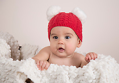 Ava's 6 Month Session