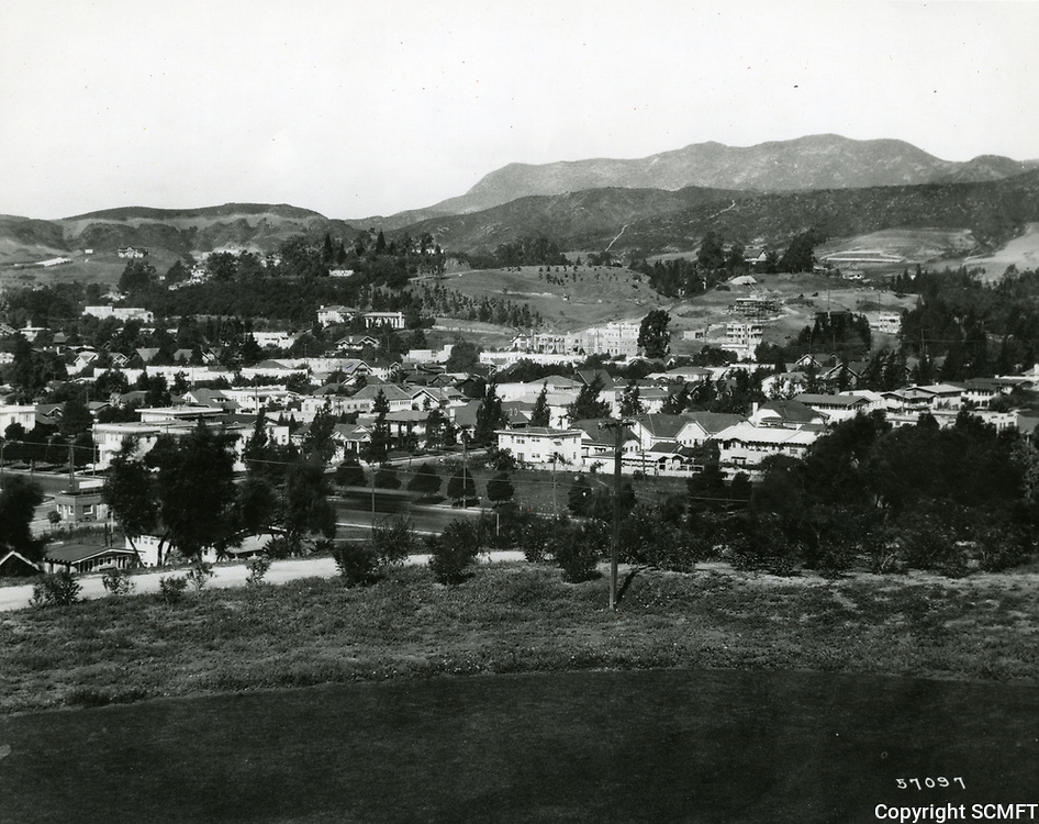 1929 Looking at Laughlin Park and Los Feliz