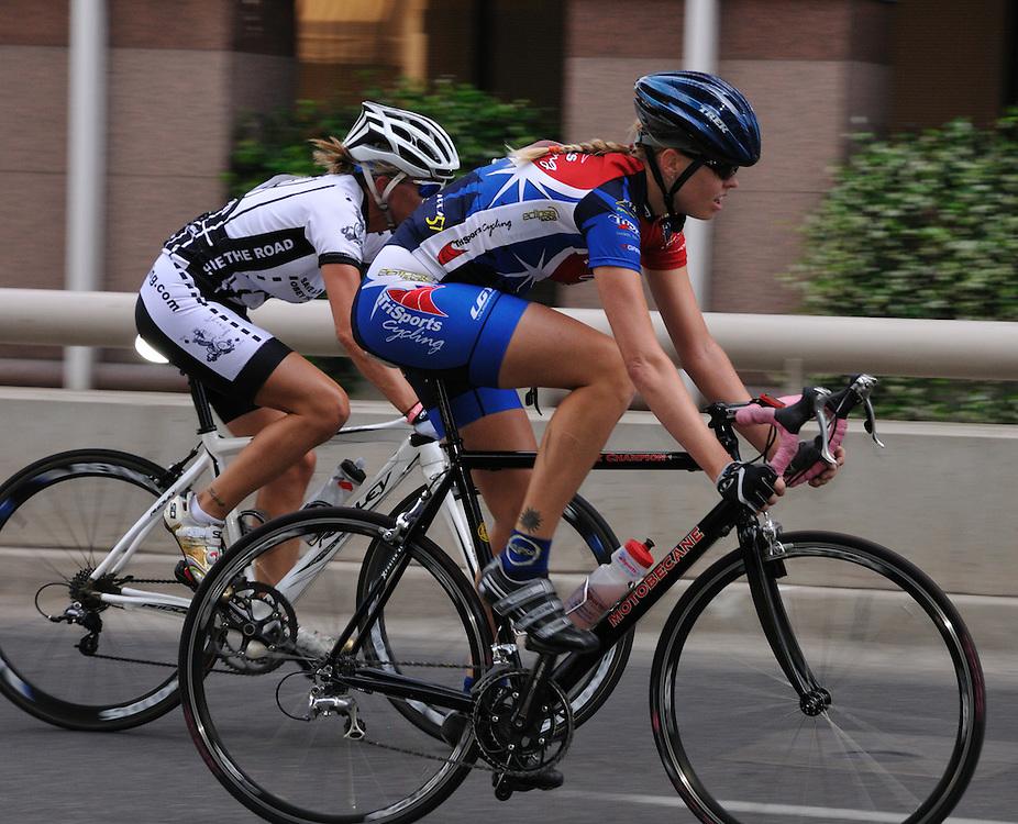 Racers in 2011 Old Pueblo Grand Prix, Tucson, Arizona. Bike-tography by Martha Retallick.