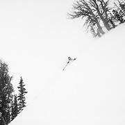 Forrest Jillson skis the ropeline boundary of Rendezvous Bowl inbounds at JHMR.