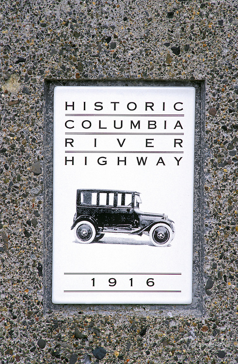 Historic Columbia River Highway sign, Columbia River Gorge National Scenic Area, Oregon