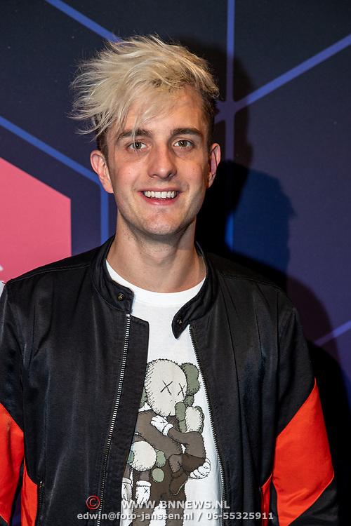 NLD/Amsterdam/20190613 - Inloop uitreiking De Beste Social Awards 2019, Thomas Brok