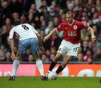 Henrik Larsson<br />Manchester United 2006/07<br />Gavin McCann Aston Villa<br />Manchester United V Aston Villa 07/01/07<br />The FA Cup 3rd Round <br />Photo Robin Parker Fotosports International