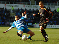 Photo: Ed Godden.<br />Reading v Wolverhampton Wanderers. Coca Cola Championship. 18/03/2006.Reading's James Harper (L) dives in on Kenny Miller.