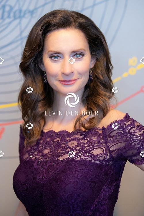 ROTTERDAM - In Hotel New York werd de cast gepresenteerd van de nieuwe voorstelling 'Best of Broadway'. In de show zingen zij de beste hits uit de mooiste shows van New York. Met hier op de foto Petronella Irene Allegonda Douwes. FOTO LEVIN DEN BOER - LDBFOTO.NL