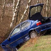 Ongeval Merk Blaricum, auto in de sloot, geen gewonden