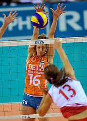 18-09-2011 VOLLEYBAL: DELA TROPHY NEDERLAND - TURKIJE: ALMERE<br /> Nederland wint met 3-0 van Turkije en wint hierdoor de DELA Trophy / Debby Stam-Pilon<br /> ©2011-FotoHoogendoorn.nl